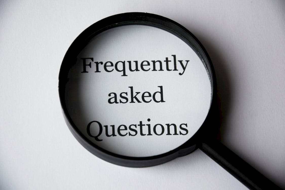 11 common call centre interview questions (and how to answer them) thumbnail image