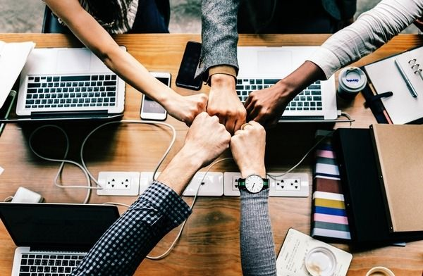 5 Effective Ways to Improve Your Teams Communication thumbnail image